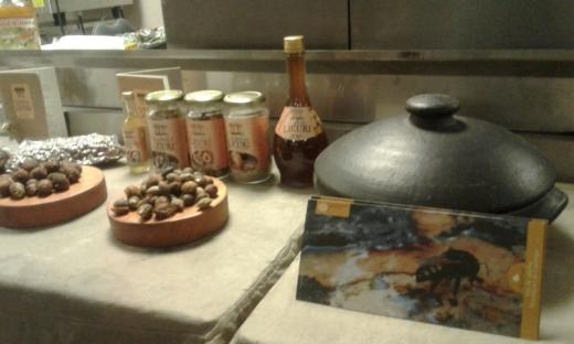 Licuri-e-mel-de-mandacaia-utilizado-na-gastronomia